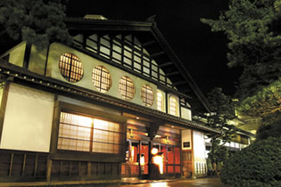 Photo from Kaga-Hakusan Tourism, Hot Springs and Sightseeing around Kaga and Hakusan in Ishikawa Prefecture